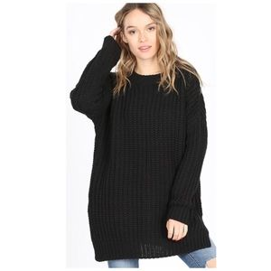 Oversized sweater chunky cable knit black NWT